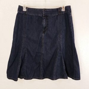 Liz Claiborne Knee Length Denim Skirt Size 14 SK1
